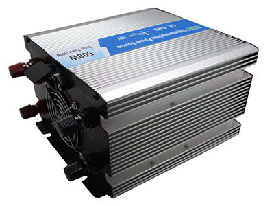 Pure sine wave inverter with charger